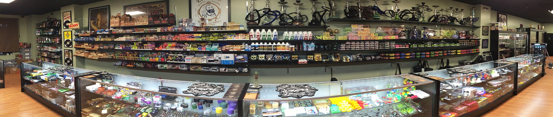 smoke-shop-fort-myers-ft-myers-naples-golden-gate-city-estero-fl-florida-treasure-chest-glass-pipes-cigarettes-cigars-tobacco